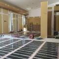 先日行われた床暖房工事のご紹介です。
