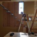 ストリップ階段を造作中です。(鹿児島市下田町の注文住宅)